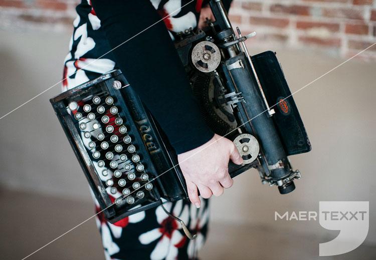 MaerTexxT typemachine schrijven